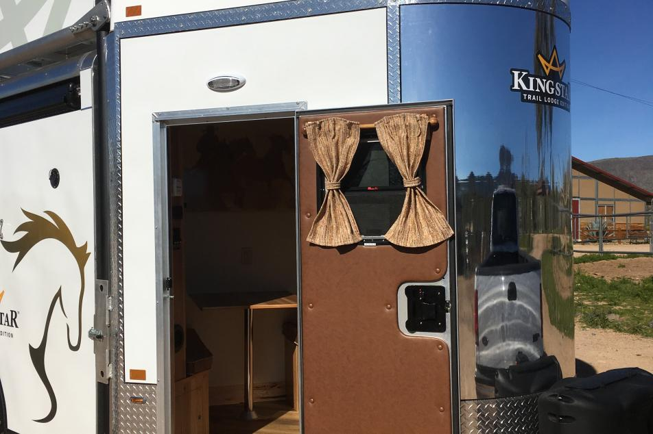 kingstar trailer living quarters